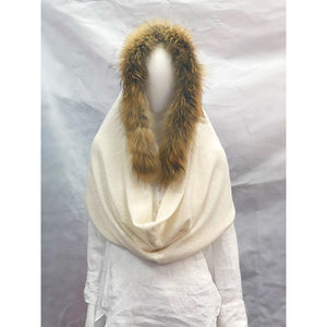 Load image into Gallery viewer, Brodie Cashmere Hooded Fur Poncho Organic White