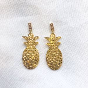 KEP 	Motif Pineapple Earring Gold