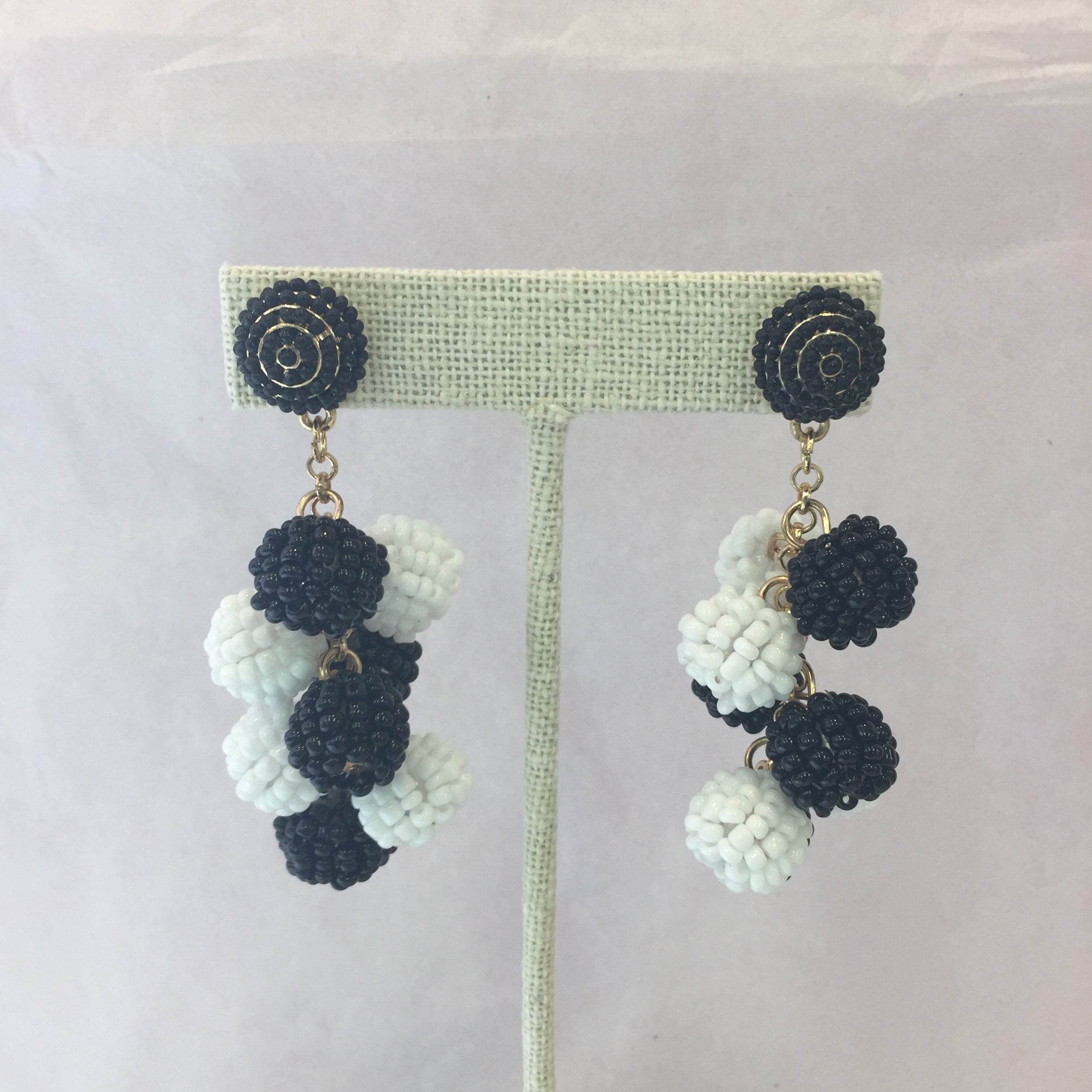 Black and White Beaded Cluster Earring
