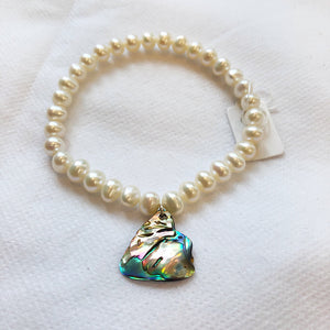 MVF Peal and Abalone Stretch Bracelet White