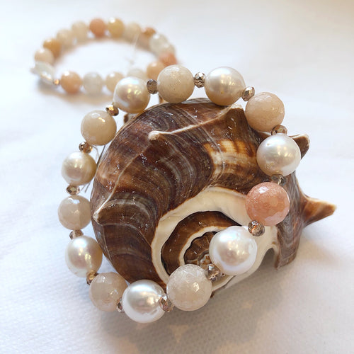 MVF Gemstone Stretch Bracelet Rose Aventurine and Pearls