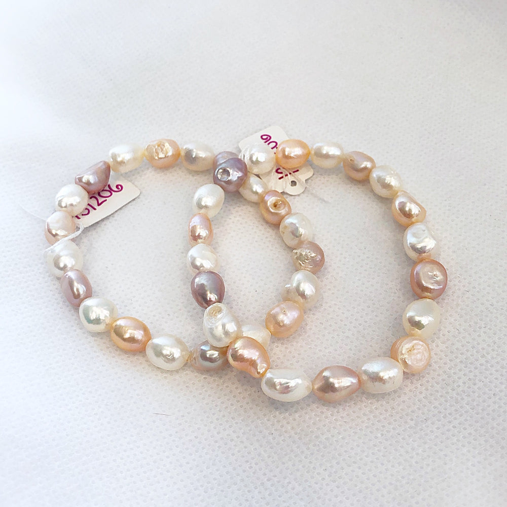 Load image into Gallery viewer, MVF Pearl Stretch Bracelet Multi Pink