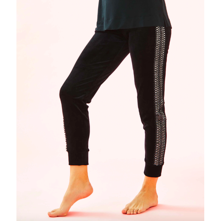 "Load image into Gallery viewer, Lilly Pulitzer Luxletic 24"" Emerie Velour Pant Onyx"