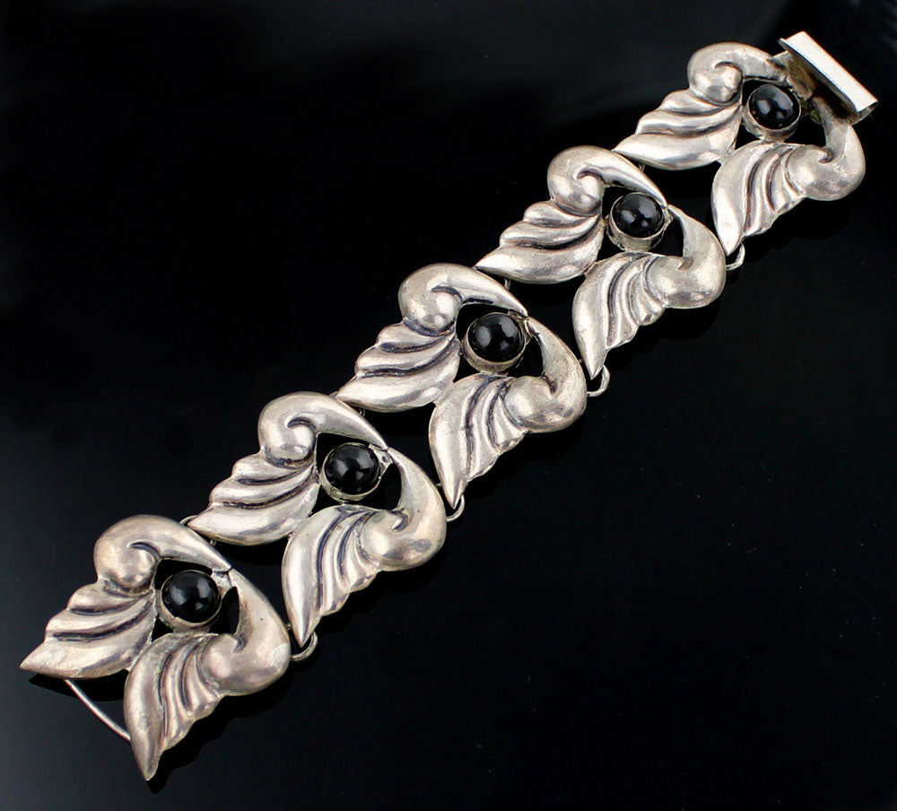 Vintage Mexican Sterling and Onyx Bracelet