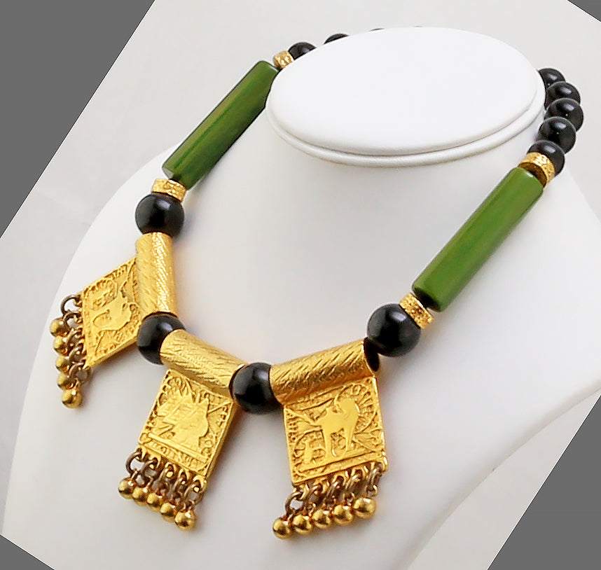 Donald Stannard Bakelite and Gold Tone Necklace