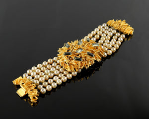 Vintage Gold Tone and Faux Pearl Bracelet