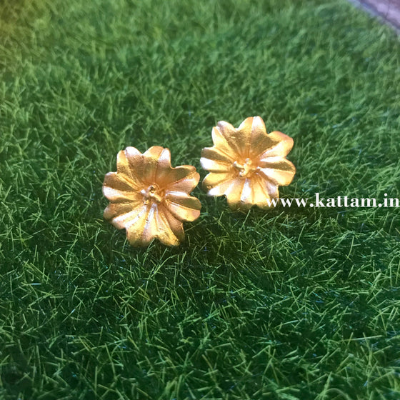 Golden Flower Small Stud Earrings - Kattam Jewellery Instagram Store