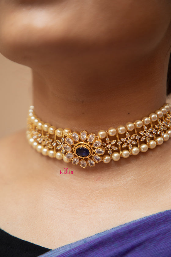 Traditional Pearl Choker Necklace
