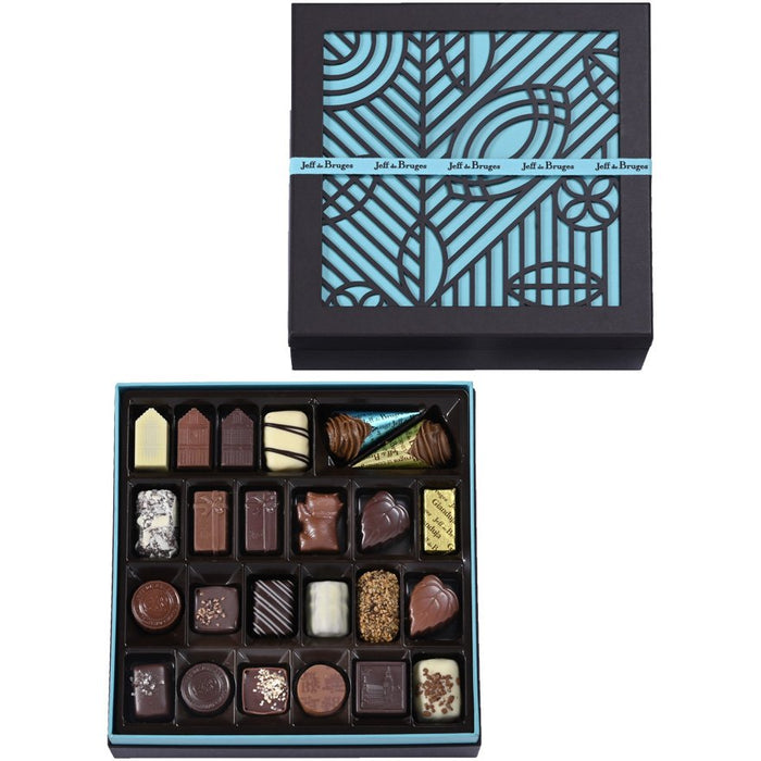 SQUARE BOX 605 G ASSORTED CHOCOLATES