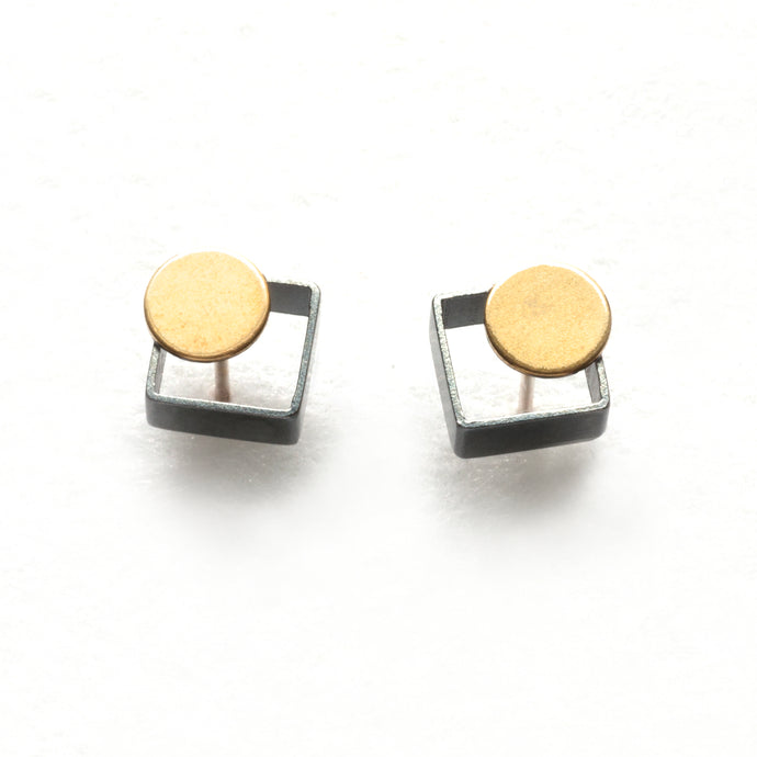 MJ10PE- SMALL Square Earrings, studs
