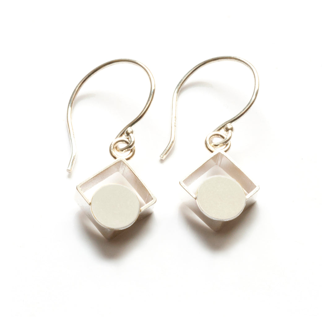 MJ11SE- SMALL Square Earrings, Diagonal with Dots