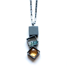 MJ21N - 3 SMALL Squares Necklace