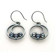 Medium Spiral Earrings with Pearls QS26SE