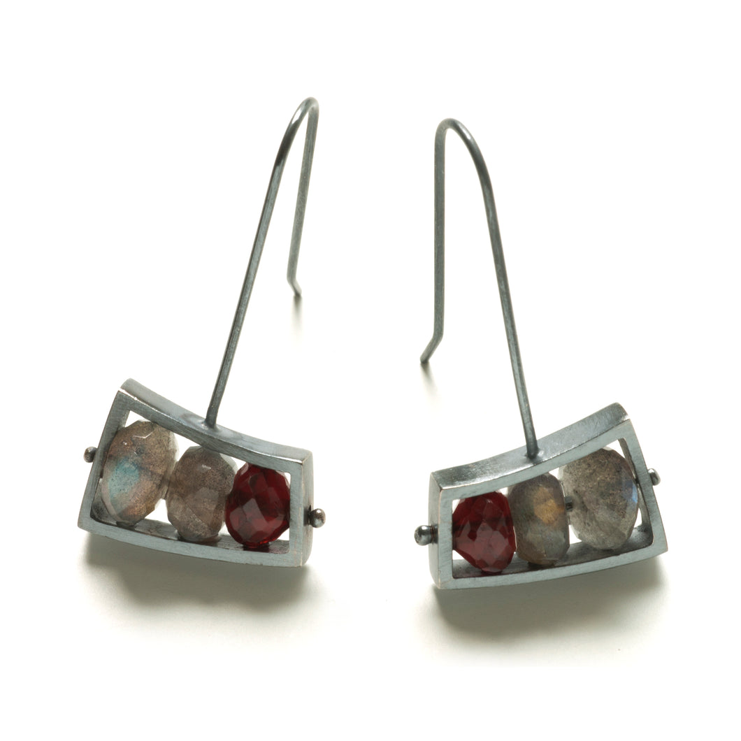 Short Wedge Earrings Horizontal VSJ10LE