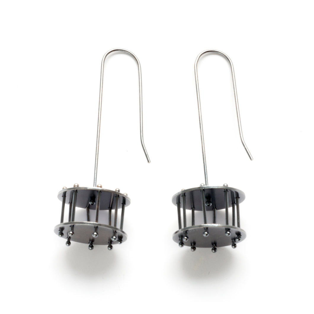 YD09E - Medium Round Cage Earrings