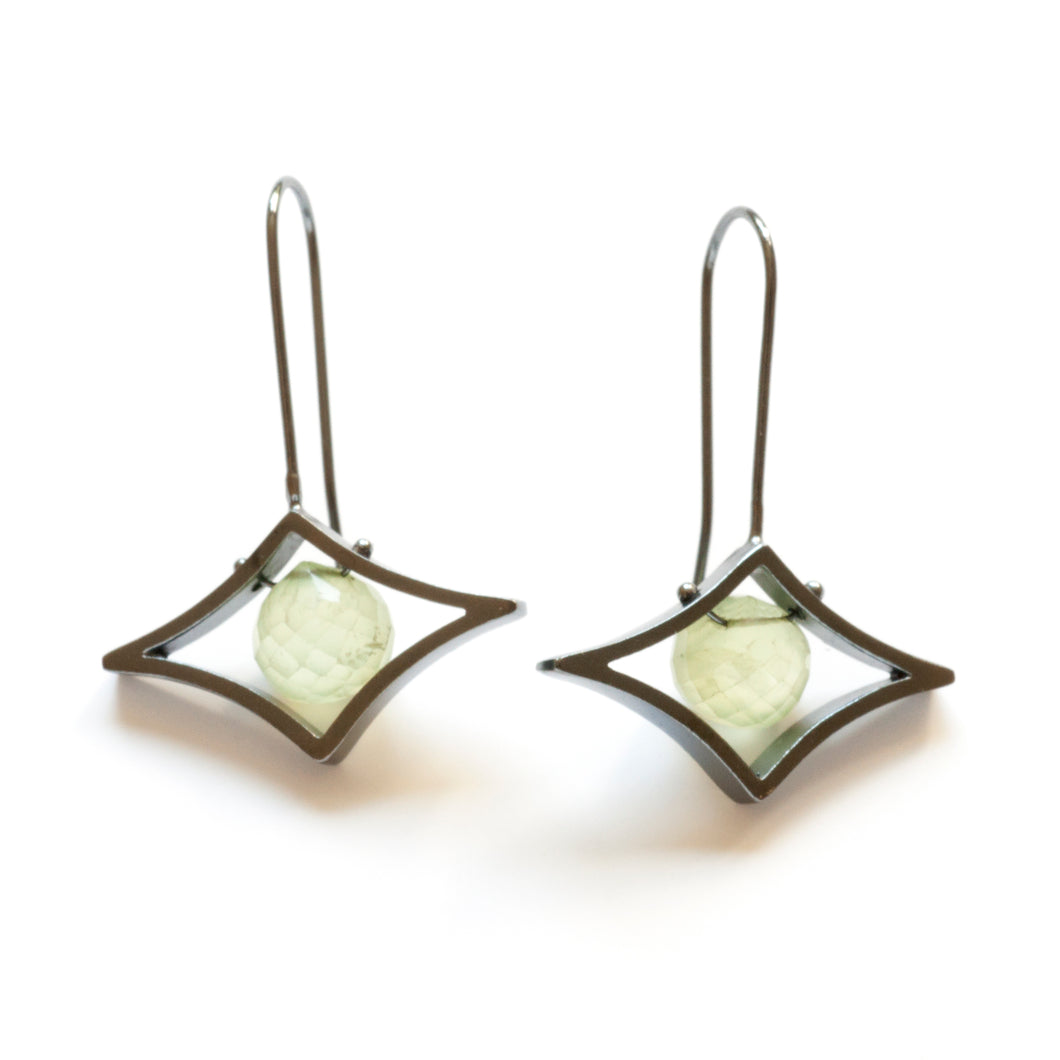 Trapeze Earrings, Horizontal