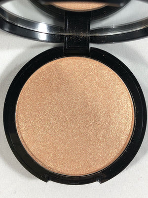 Powder Illuminator Luxury, 02 (Gold)