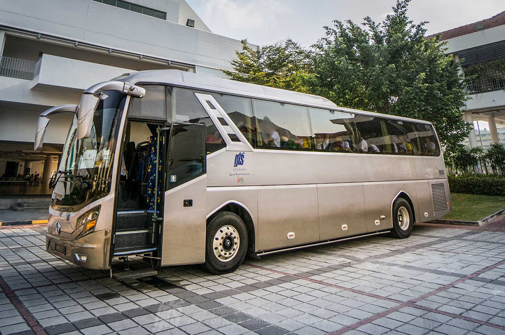 quality and cheap coach hire and minibus rental with driver or self drive for weddings