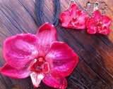 "Doritis ""Phalaenopsis"" Orchid Jewelry Earring (Red / Navy)"