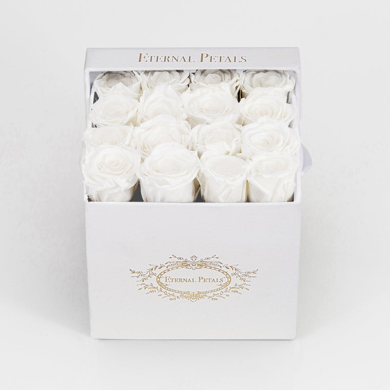 SNOW WHITE | WHITE FLOWER BOX