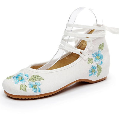 Embroidered shoes |  Vintage Floral Embroidered Shoes