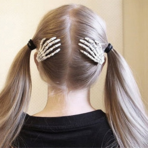 1 Pair Fashion Skull Hand Bone Hairpin Gripper Ghost Skeleton Hair Clips Hairclips New Arrival