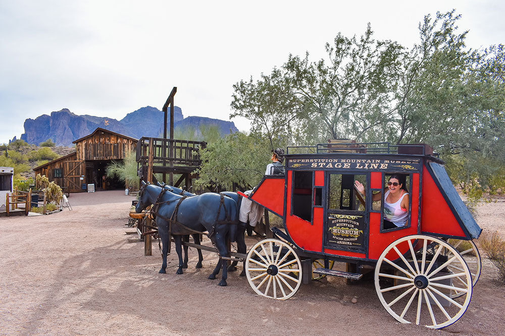 Superstition Mountain - Lost Dutchman Museum had some interesting southwest artifacts to explore including a stagecoach! Spring Road Trip with Davis Taylor Trading Co
