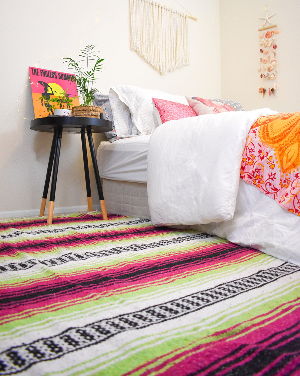 The Bohemian Fiesta Blankets are a true multipurpose blanket. Use it as a floor rug, a throw blanket on your bed or chair, hang on the wall, or take it with you to a grassy area for an outdoors study session or just to lay back relax and look up at the sky.