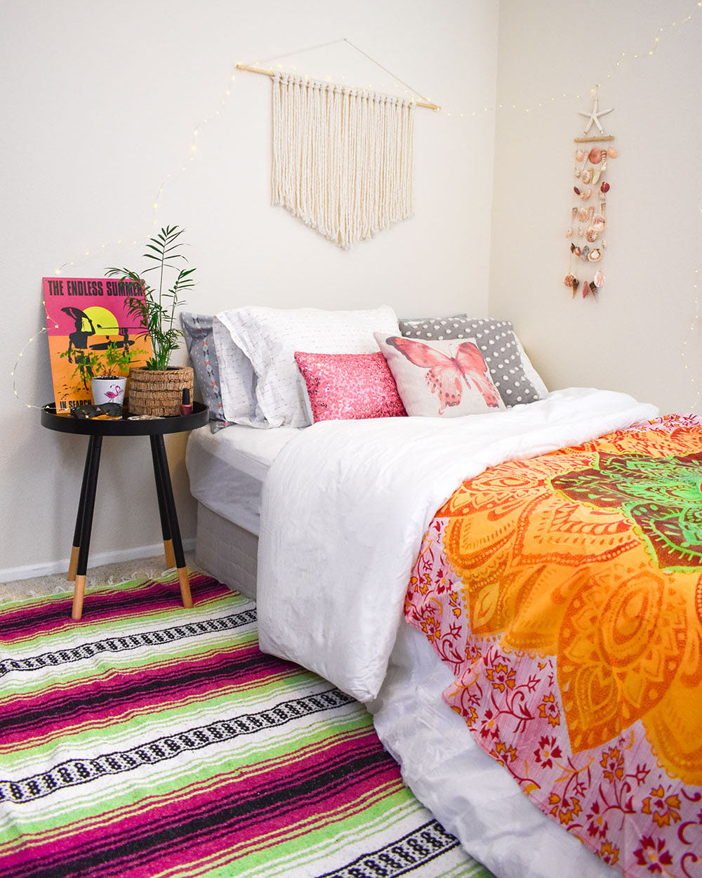 One of the best parts about moving into a new dorm room freshman year (or even your first apartment, post-dorm life for you sophomores and juniors) is decorating your space. Have you already started planning your dorm room decor? Here are a few ideas to get you started or add to what you already have planned.