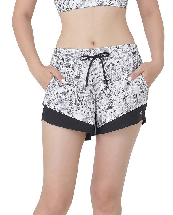 PETAL SHORTS - NIGHT MEADOW, Shorts - Wakingbee