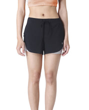 QUEEN BEE SHORTS - BLACK