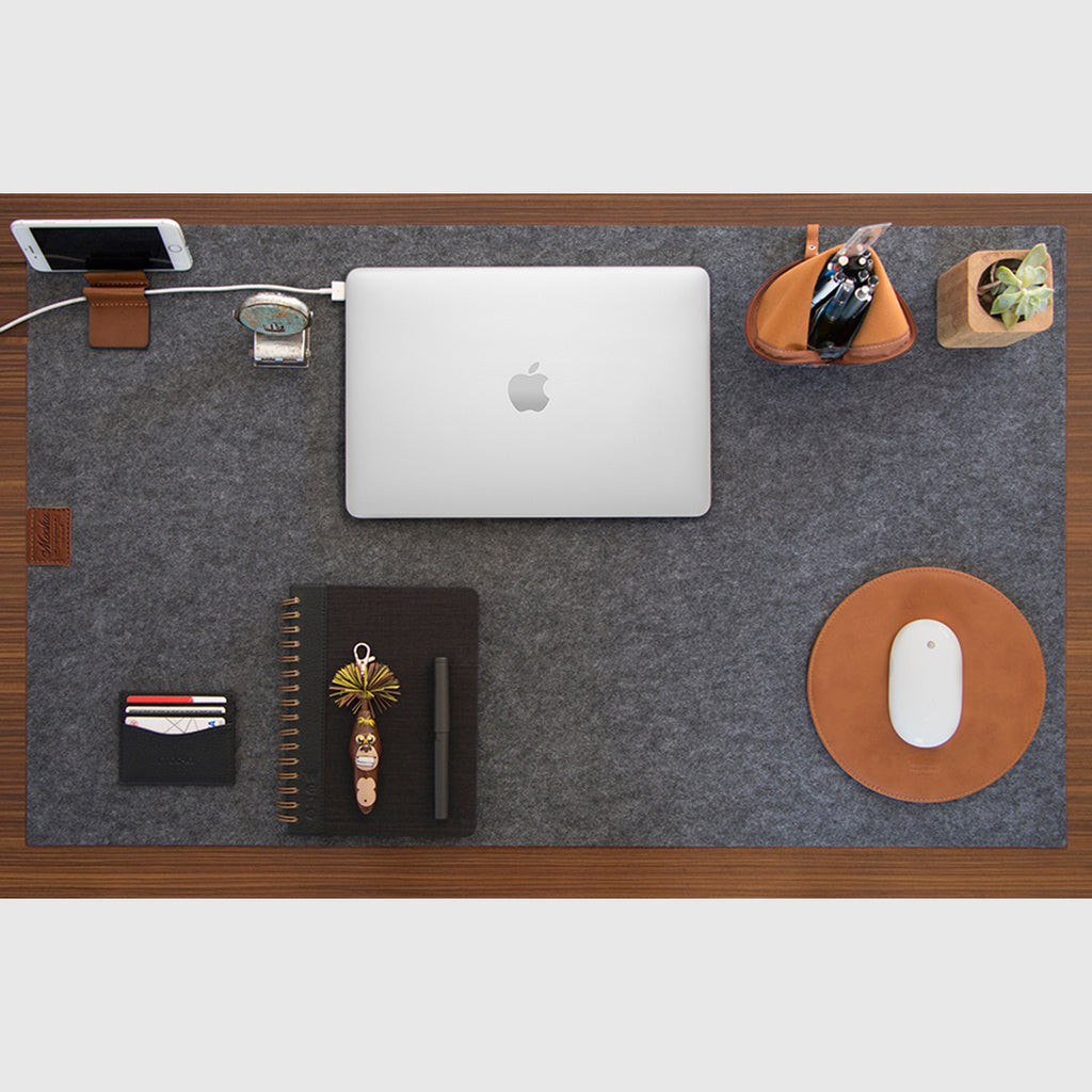 Desk Pad w/brown details