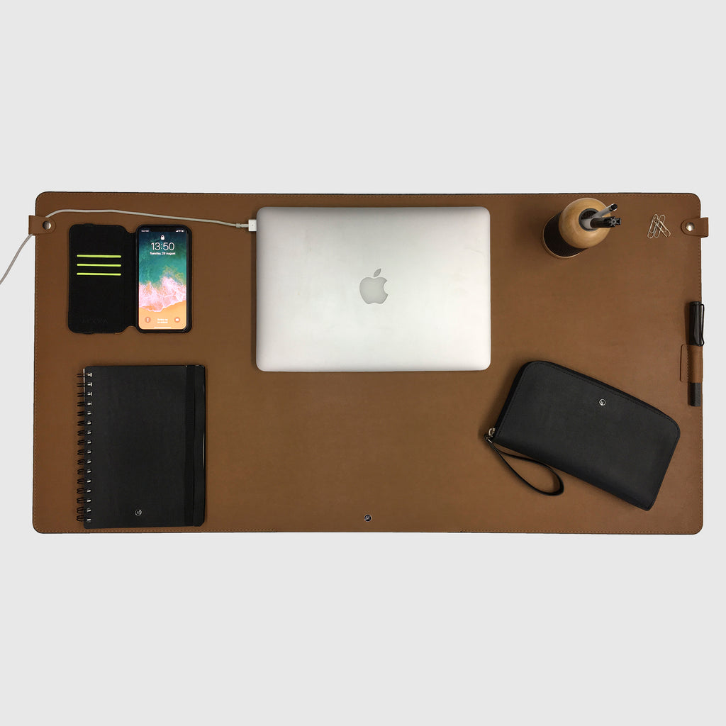 Quantum Desk Pad Brown