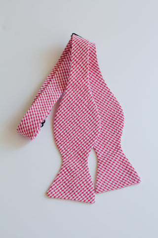 Men's Bow Tie in Red Check Seersucker