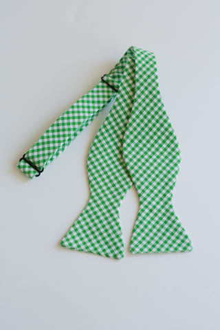 Men's Bow Tie in Green Gingham