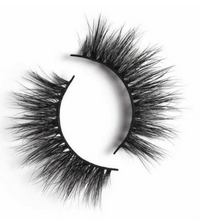 Peridot Cosmetics 3D Mink Lashes in the style Grace