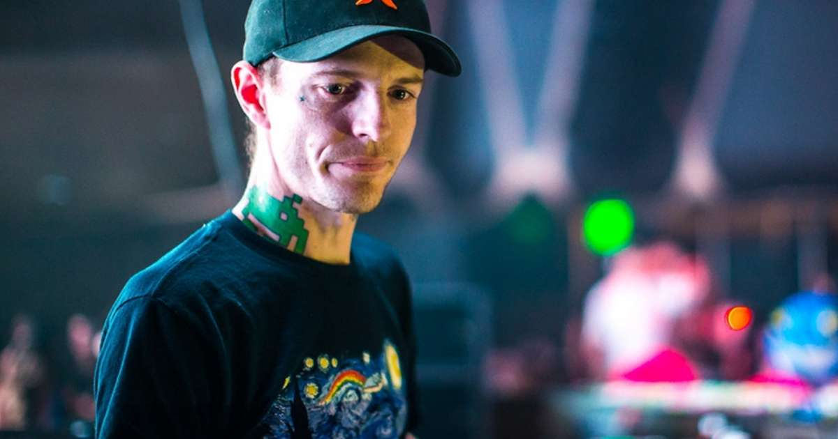 The definitive deadmau5 Apple Music playlist brought to you by Contagion Athletics