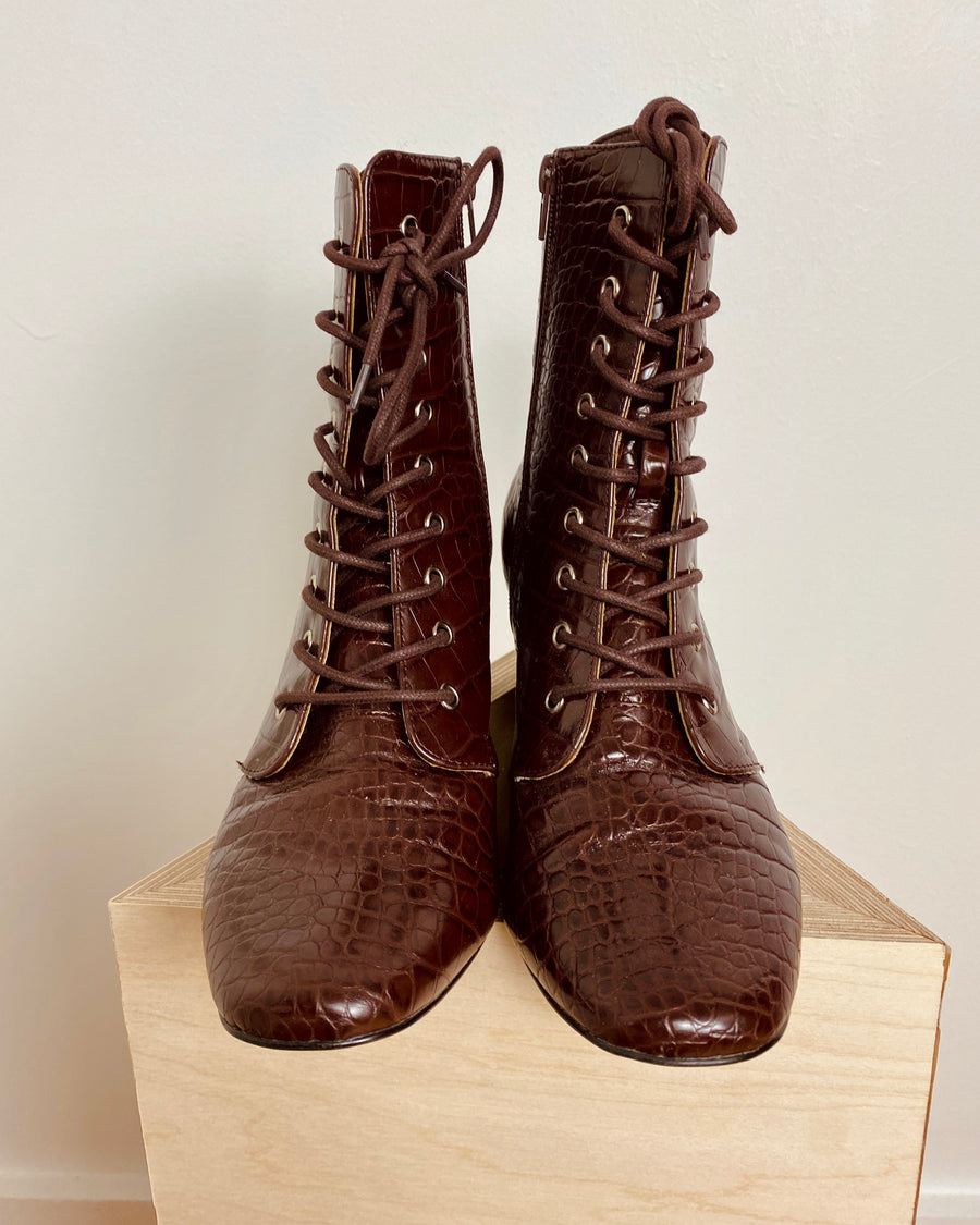 Burgundy lace-up ankle faux leather boots