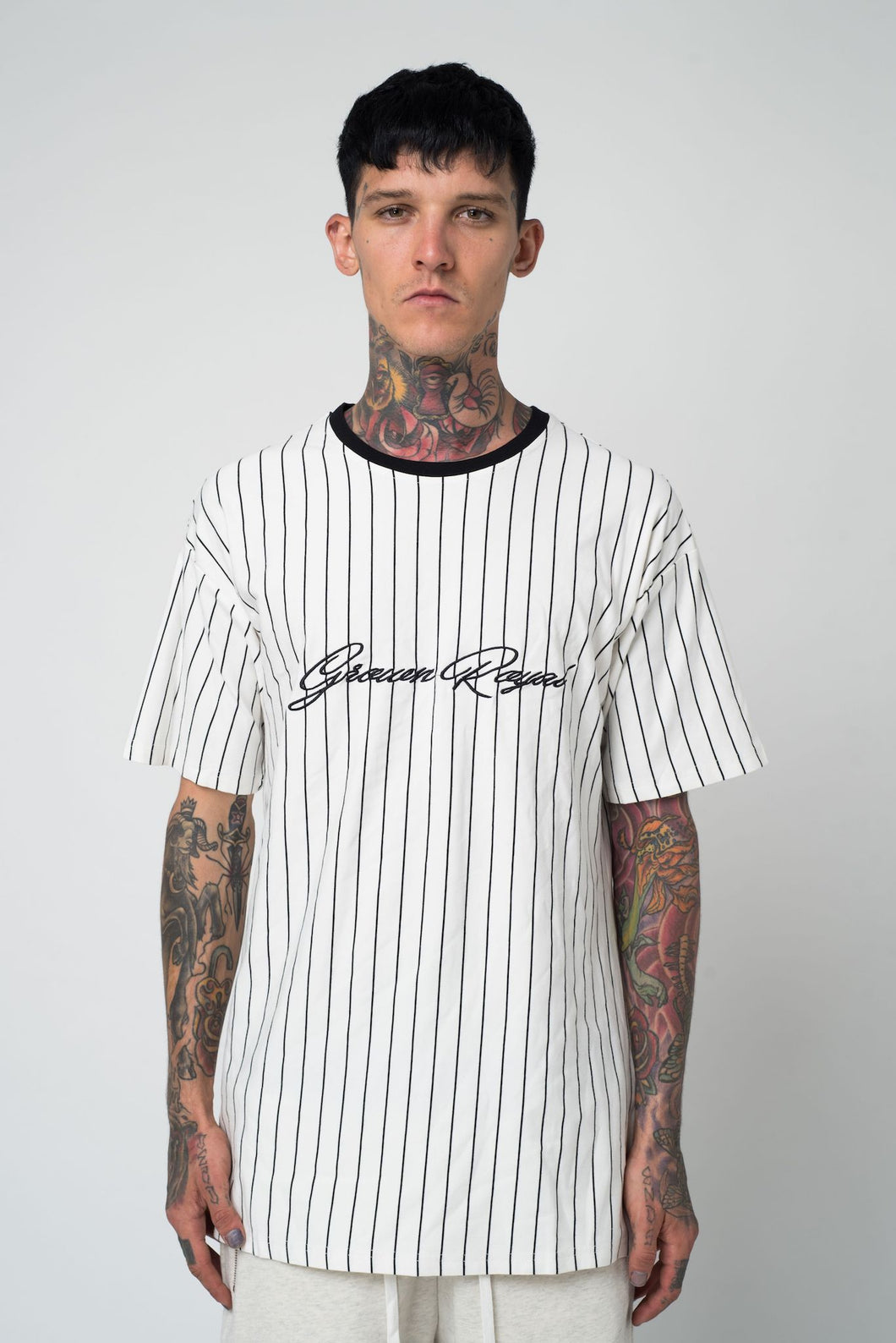 PINSTRIPE T-SHIRT - WHITE - GROWN ROYAL