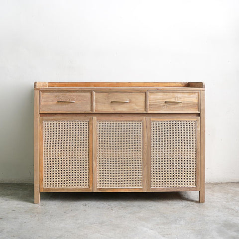 rattan buffet with raised lip