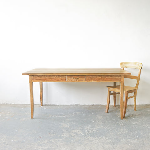 Normandie - Dining Table