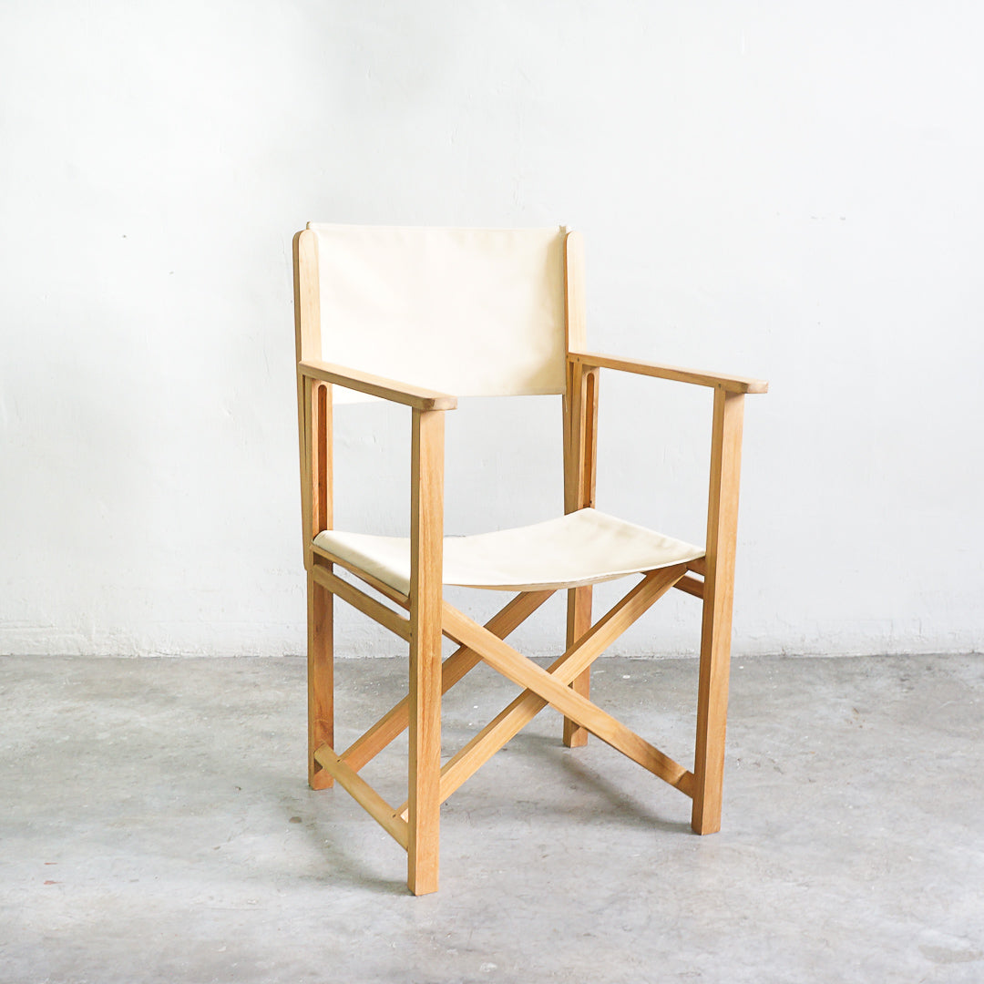 folding chair white
