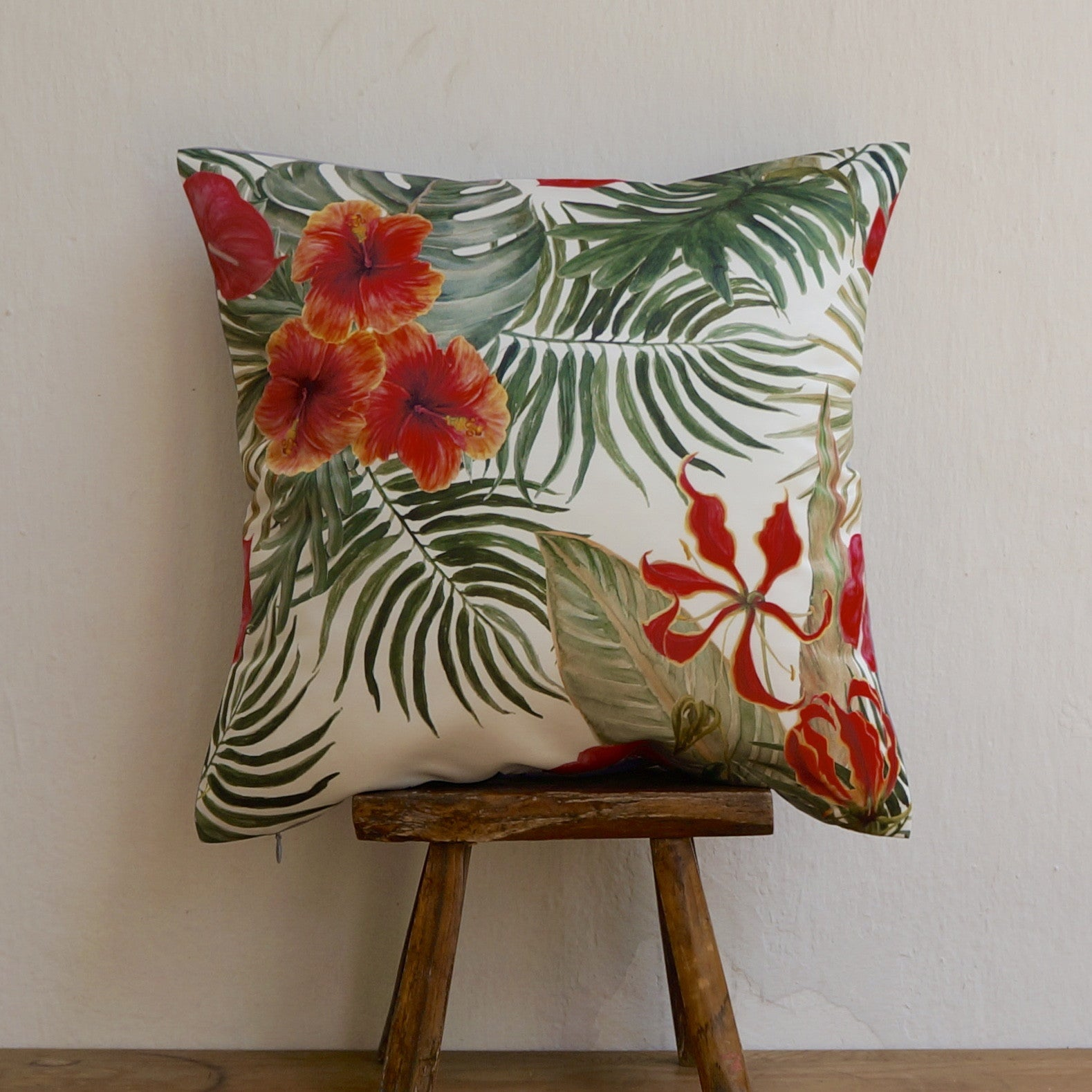 TROPICAL FLORAL CUSHIONS