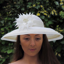 Ivory Summer Hat in straw and sinamay