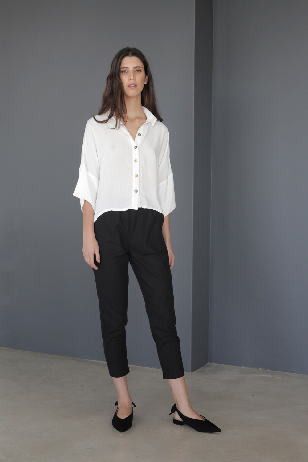 Cigarette Ankle Pants in Black Stretch Linen