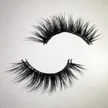 LashON 'Scorpio' Luxury 3D 100% Mink Handcrafted Eyelashes
