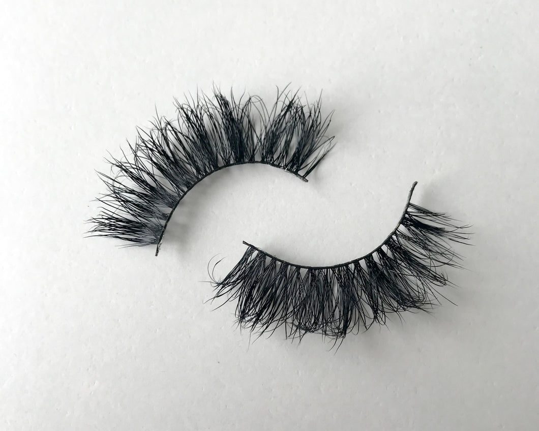 LashON 'Libra' Luxury 3D 100% Mink Handcrafted Eyelashes