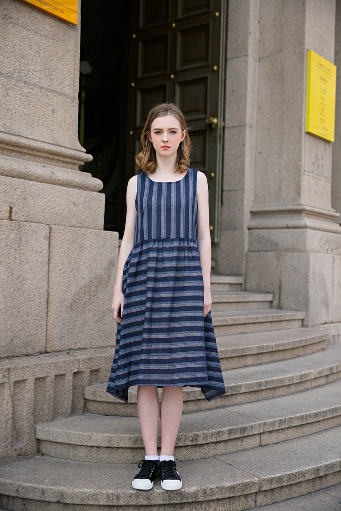 Woman Summer Casual Sleeveless Pockets Striped Dress -Navy Blue