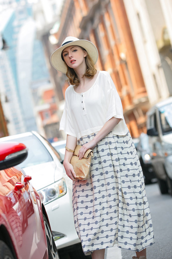 Woman Spring Short Sleeve Long Dress with Striped- White
