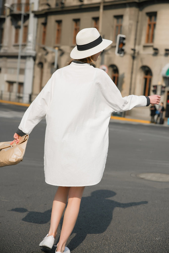 Woman Spring Long Sleeve Cotton with Buttoned Dress-White